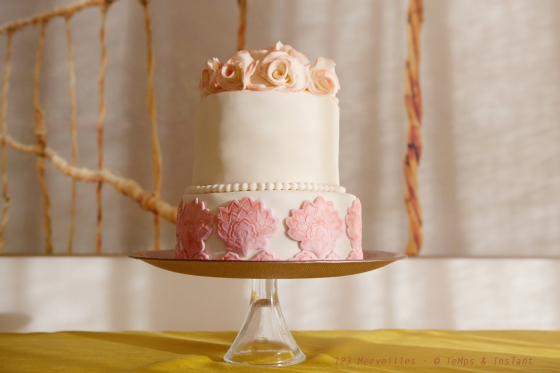 Wedding cake rose tendre  123 merveilles-
