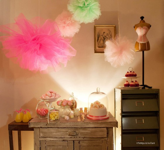Sweet Table Girly rose fluo et jaune