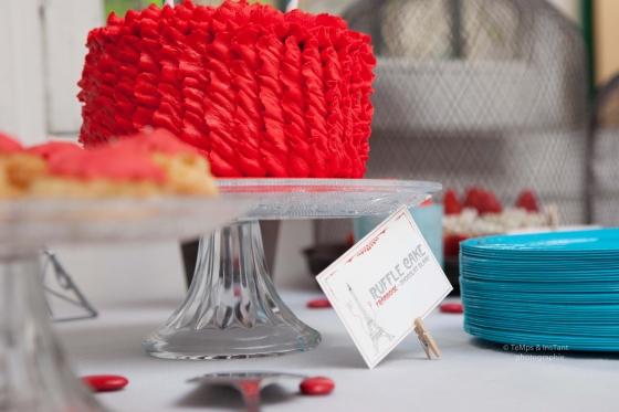 Ruffle cake rouge Paris mon amour
